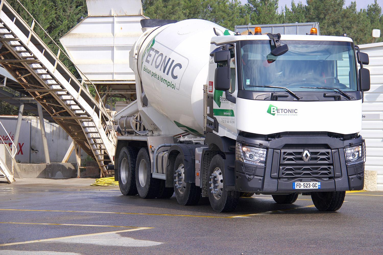 Betonic - camion toupie